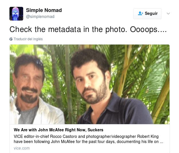 Tweet en el que sugieren comprobar los metadatos de la imagen de John McAfee